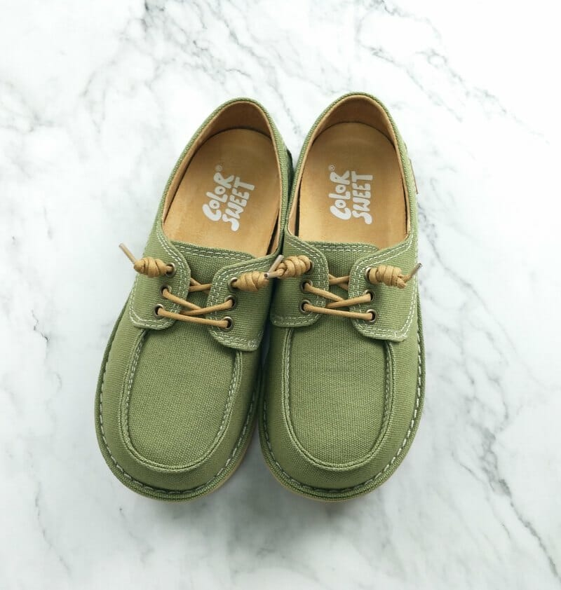 ジブリ 靴