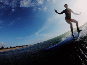 台湾サーフィン女子