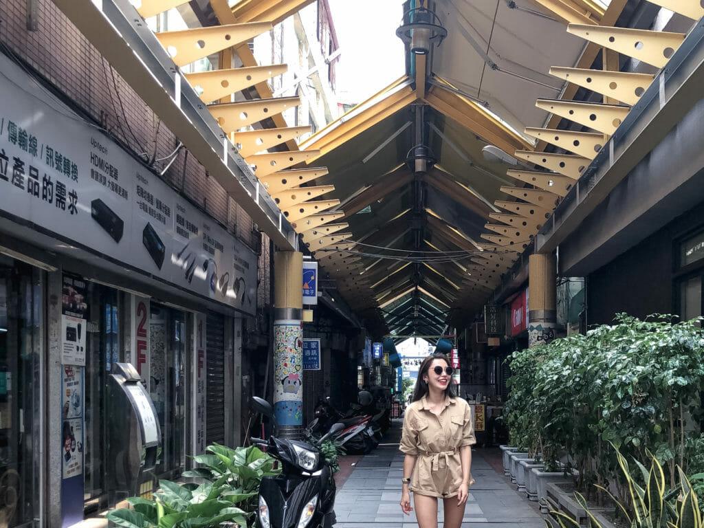 台湾台中電気街旅行