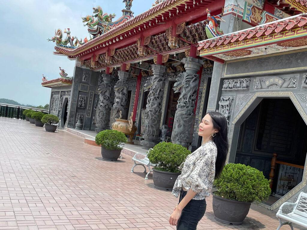 台北観光地碧山巌開漳聖王廟